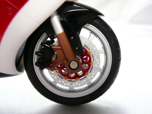 サイクロン前輪.JPG